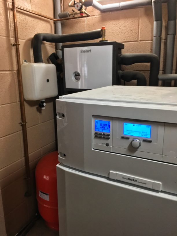 The front of a 15kW Vaillant flexoTHERM ground source heat pump.