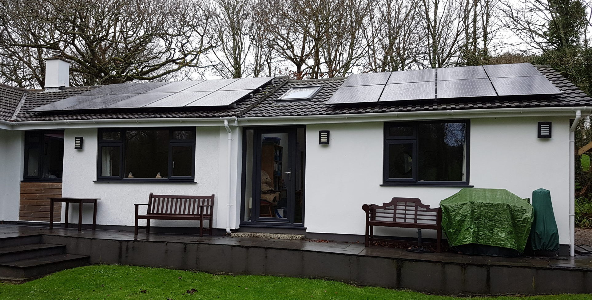 A 5kW solar PV installation near Ruan Minor, Cornwall.