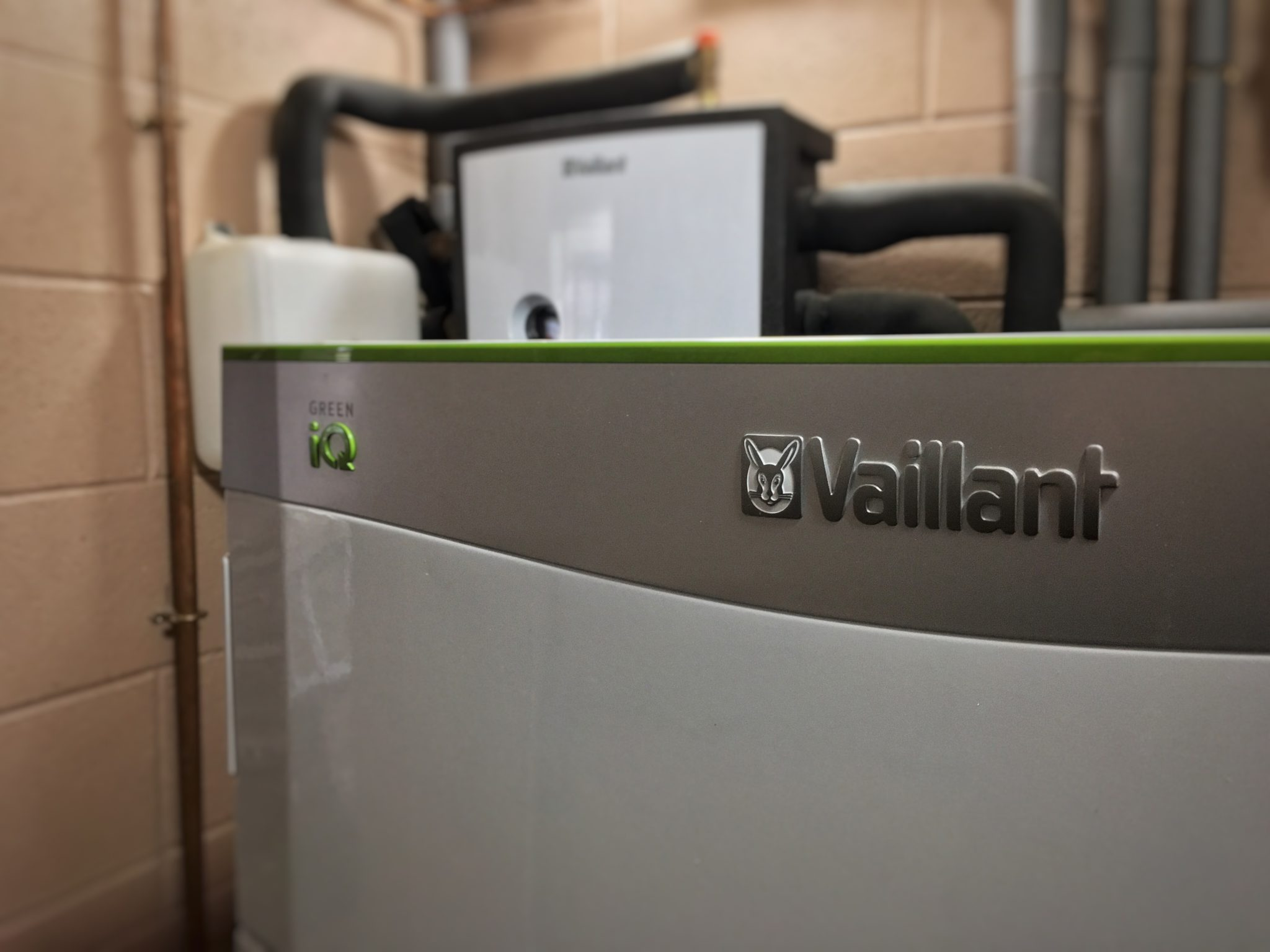 A 15kW Vaillant flexoTHERM ground source heat pump, installed by GreenGenUK.