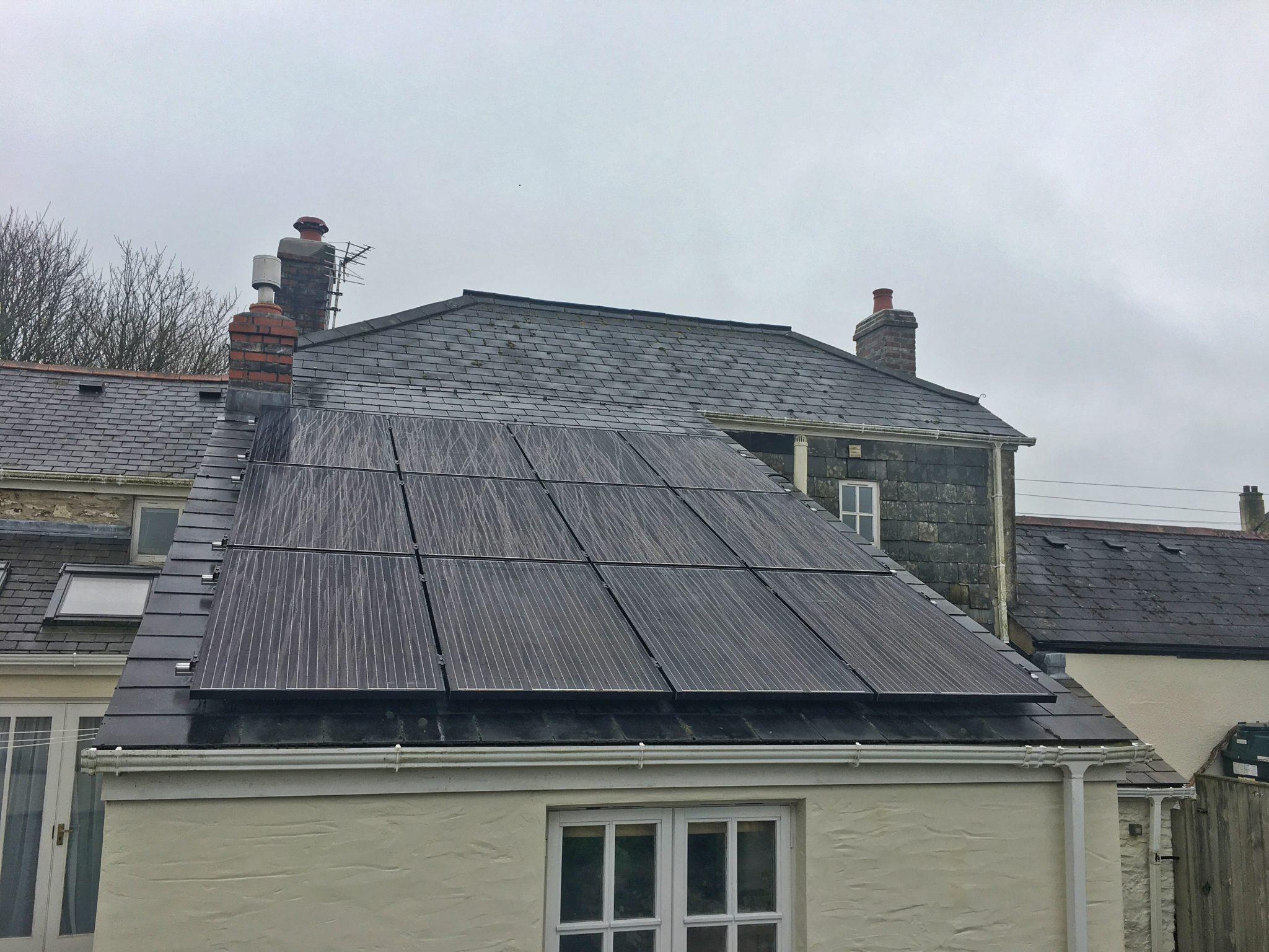 A 3.3kW solar PV installation near Truro, Cornwall.