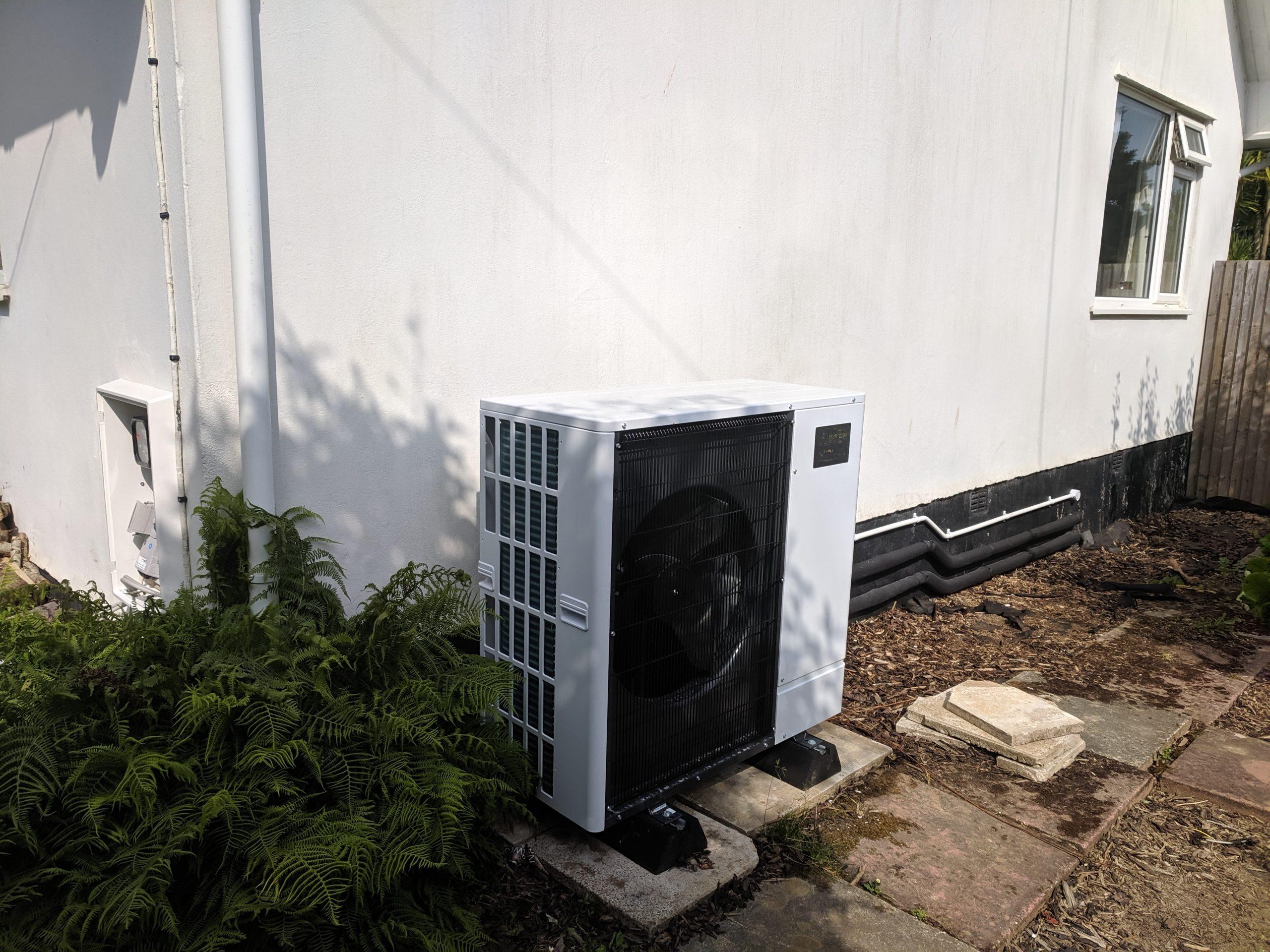 An Ultra Quiet Mitsubishi Ecodan air source heat pump installation in Hayle, Cornwall.