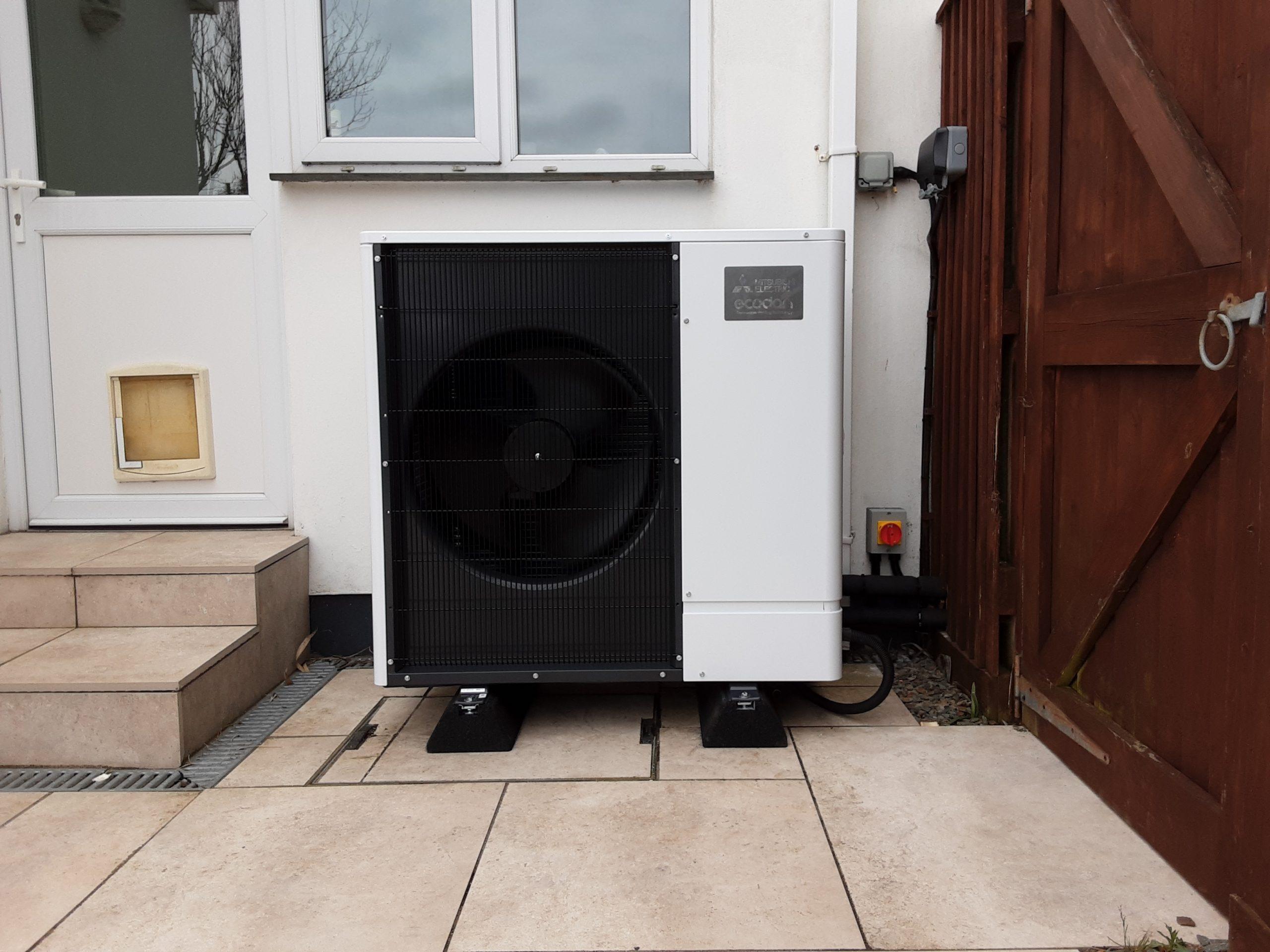 An 85kW Mitsubishi Ecodan ultra quiet air source heat pump installation by GreenGenUK in Cornwall.
